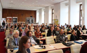 Teilnehmerinnen einer Veranstaltung zur fairen IT-Beschaffung